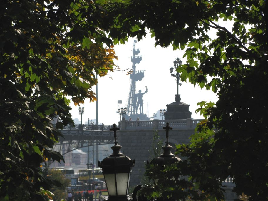 A beautiful view to one of the worlds tallest sculptures-Peter the Great